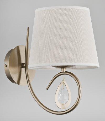 Alfa IZYDA 22050 настенный светильникОжидается<br><br><br>Крепление: Настенное<br>Тип цоколя: E14<br>Цвет арматуры: Матовое золото<br>Количество ламп: 1<br>Ширина, мм: 195<br>Размеры: размер коробки 27x27x22см.<br>Расстояние от стены, мм: 270<br>Высота, мм: 300<br>MAX мощность ламп, Вт: 40