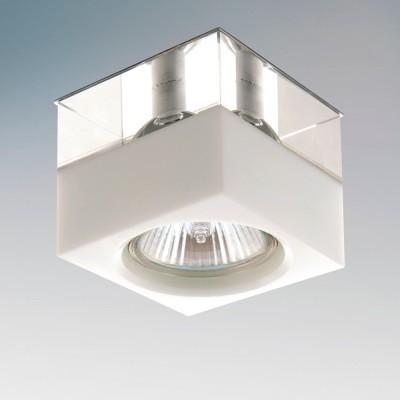 Lightstar META 4146 СветильникКвадратные<br>Встраиваемые светильники – популярное осветительное оборудование, которое можно использовать в качестве основного источника или в дополнение к люстре. Они позволяют создать нужную атмосферу атмосферу и привнести в интерьер уют и комфорт.   Интернет-магазин «Светодом» предлагает стильный встраиваемый светильник Lightstar 4146. Данная модель достаточно универсальна, поэтому подойдет практически под любой интерьер. Перед покупкой не забудьте ознакомиться с техническими параметрами, чтобы узнать тип цоколя, площадь освещения и другие важные характеристики.   Приобрести встраиваемый светильник Lightstar 4146 в нашем онлайн-магазине Вы можете либо с помощью «Корзины», либо по контактным номерам. Мы развозим заказы по Москве, Екатеринбургу и остальным российским городам.<br><br>Тип лампы: галогенная/LED<br>Тип цоколя: gu5.3<br>Ширина, мм: 70<br>MAX мощность ламп, Вт: 50<br>Диаметр врезного отверстия, мм: 47<br>Длина, мм: 70<br>Высота, мм: 60
