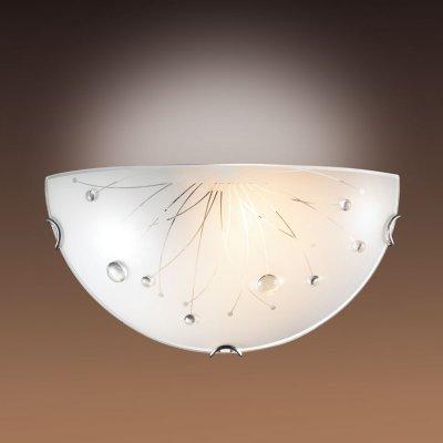 Светильник бра Сонекс 005 хром/белый/декор прозрачн LIKIAНакладные<br><br><br>S освещ. до, м2: 6<br>Тип лампы: накаливания / энергосбережения / LED-светодиодная<br>Тип цоколя: E27<br>Количество ламп: 1<br>Ширина, мм: 300<br>MAX мощность ламп, Вт: 100<br>Цвет арматуры: серебристый