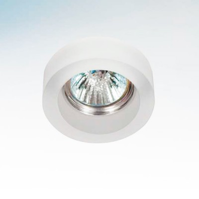 Lightstar LEI 6139 СветильникКруглые<br>Встраиваемые светильники – популярное осветительное оборудование, которое можно использовать в качестве основного источника или в дополнение к люстре. Они позволяют создать нужную атмосферу атмосферу и привнести в интерьер уют и комфорт.   Интернет-магазин «Светодом» предлагает стильный встраиваемый светильник Lightstar 6139. Данная модель достаточно универсальна, поэтому подойдет практически под любой интерьер. Перед покупкой не забудьте ознакомиться с техническими параметрами, чтобы узнать тип цоколя, площадь освещения и другие важные характеристики.   Приобрести встраиваемый светильник Lightstar 6139 в нашем онлайн-магазине Вы можете либо с помощью «Корзины», либо по контактным номерам. Мы развозим заказы по Москве, Екатеринбургу и остальным российским городам.<br><br>Тип лампы: галогенная/LED<br>Тип цоколя: Gu5.3/GU10<br>Количество ламп: 1<br>MAX мощность ламп, Вт: 50<br>Размеры: D80 H25, встраиваемые размеры<br>Оттенок (цвет): матовый