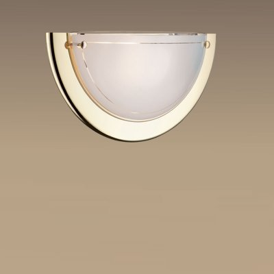 Светильник Сонекс 015 золото Rigaнакладные настенные светильники<br>*Сонекс-К 015<br><br>S освещ. до, м2: 6<br>Тип лампы: накаливания / энергосбережения / LED-светодиодная<br>Тип цоколя: E27<br>Цвет арматуры: золотой<br>Количество ламп: 1<br>Ширина, мм: 310<br>Высота, мм: 155<br>MAX мощность ламп, Вт: 100