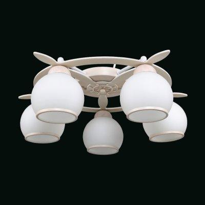 Люстра Еврокаркасы 1-3310-5-DGRY E27 МаксисветОжидается<br>Следуя модной тенденции брутальности в интерьере, наша коллекция пополнилась серией светильников-штурвалов.<br>Люстры и бра доступны в двух цветовых решениях: беленый дуб и венге.<br>Белые матовые плафоны имеют кайму повторяющий цвет каркаса, особенно выигрышно они смотрятся при включенном свете.<br>Неоспоримым преимуществом перед конкурентами, имеющими аналогичный ассортимент, является доступная цена.<br>Светильники будут востребованы не только для оформления кабинетов, холлов, гостиных, но и детских комнатах, оформленных в морском стиле.<br>Стилевые решения интерьера: морской стиль, контемпорари, фьюжн, экостиль.<br>Тип помещения: холл, детская, спальная.<br><br>S освещ. до, м2: 15<br>Тип цоколя: E27<br>Цвет арматуры: Бежевый<br>Количество ламп: 5<br>Ширина, мм: 540<br>Высота полная, мм: 170<br>Длина, мм: 540<br>Оттенок (цвет): Белый
