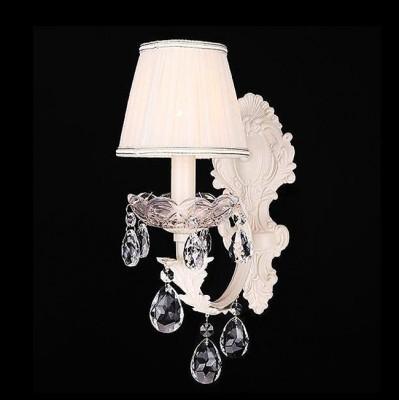 Евросвет 10056/1 бежевый/прозрачный хрустальХрустальные<br><br><br>Тип лампы: Накаливания / энергосбережения / светодиодная<br>Тип цоколя: E14<br>Количество ламп: 1<br>Ширина, мм: 250<br>MAX мощность ламп, Вт: 60<br>Длина, мм: 120<br>Высота, мм: 330