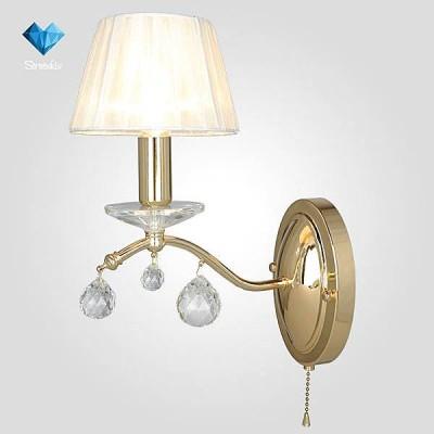 Евросвет 10058/1 золото/прозрачный хрусталь StrotskisКлассика<br><br><br>Тип лампы: Накаливания / энергосбережения / светодиодная<br>Тип цоколя: E14<br>Количество ламп: 1<br>Ширина, мм: 240<br>MAX мощность ламп, Вт: 40<br>Расстояние от стены, мм: 240<br>Высота, мм: 300<br>Цвет арматуры: золотой