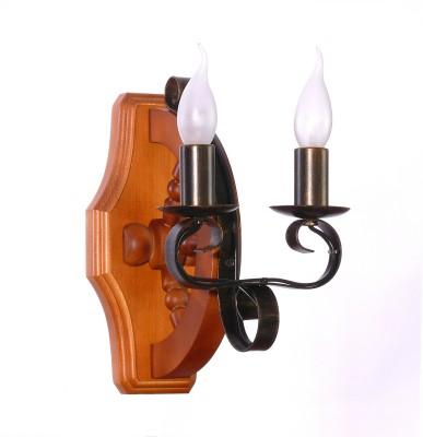 Аврора Румпель 10134-2B Светильник настенный браМорской стиль<br>Важными и отличительными особенностями модели светильника Аврора 10134-2B является каркас из дерева цвета дуб, металл цвета ковки с габаритными размерами 180*290*250мм. Хотелось бы отметить российскую сборку в г. Самара с отечественными комплектующими.<br><br>Тип лампы: Накаливания / энергосбережения / светодиодная<br>Тип цоколя: E14<br>Количество ламп: 2<br>MAX мощность ламп, Вт: 60<br>Размеры: 180*290*250