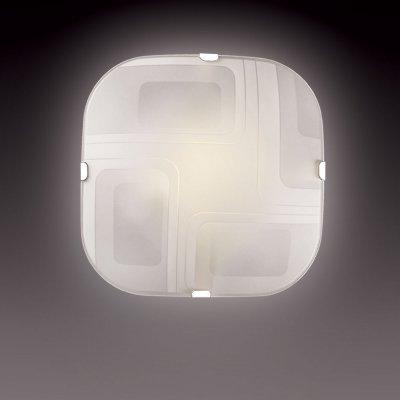 Светильник Сонекс 1141 хром IllusionДекоративные<br>Настенно потолочный светильник Сонекс (Sonex) 1141  подходит как для установки в вертикальном положении - на стены, так и для установки в горизонтальном - на потолок. Для установки настенно потолочных светильников на натяжной потолок необходимо использовать светодиодные лампы LED, которые экономнее ламп Ильича (накаливания) в 10 раз, выделяют мало тепла и не дадут расплавиться Вашему потолку.<br><br>S освещ. до, м2: 6<br>Тип лампы: накаливания / энергосбережения / LED-светодиодная<br>Тип цоколя: E27<br>Количество ламп: 1<br>Ширина, мм: 251<br>MAX мощность ламп, Вт: 100<br>Высота, мм: 251<br>Цвет арматуры: серебристый