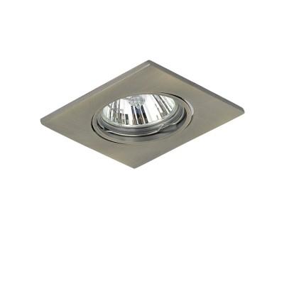 Lightstar LEGA16 11938 СветильникКвадратные<br>Встраиваемые светильники – популярное осветительное оборудование, которое можно использовать в качестве основного источника или в дополнение к люстре. Они позволяют создать нужную атмосферу атмосферу и привнести в интерьер уют и комфорт. <br> Интернет-магазин «Светодом» предлагает стильный встраиваемый светильник Lightstar 11938. Данная модель достаточно универсальна, поэтому подойдет практически под любой интерьер. Перед покупкой не забудьте ознакомиться с техническими параметрами, чтобы узнать тип цоколя, площадь освещения и другие важные характеристики. <br> Приобрести встраиваемый светильник Lightstar 11938 в нашем онлайн-магазине Вы можете либо с помощью «Корзины», либо по контактным номерам. Мы развозим заказы по Москве, Екатеринбургу и остальным российским городам.<br><br>Тип лампы: галогенная/LED<br>Тип цоколя: GU10/GZ10<br>Цвет арматуры: бронзовый<br>Количество ламп: 1<br>Ширина, мм: 85<br>Размеры: W85 L85 H3, встраиваемые размеры<br>Диаметр врезного отверстия, мм: 75<br>Длина, мм: 85<br>Высота, мм: 3<br>Оттенок (цвет): БРОНЗА<br>MAX мощность ламп, Вт: 50