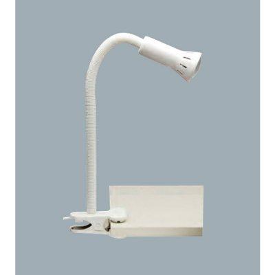 Светильник настольный Brilliant 24705T05 FlexНа прищепке<br>Настольная лампа – это не просто источник дополнительного освещения, но и оригинальный элемент декора. Его можно установить в спальне, гостиной, кабинете и других комнатах. Интернет-магазин «Светодом» предлагает настольные лампы разных стилей по доступным ценам. Благодаря большому ассортименту Вы обязательно найдете в нашем каталоге именно ту модель, которую искали.   Настольная лампа Brilliant 24705T05 – прекрасный вариант для завершения интерьера. Ее можно включить одновременно с люстрой для более яркого освещения или без нее для создания уютной атмосферы, настраивающей на отдых.   Купить настольную лампу Brilliant 24705T05 Вы можете с помощью виртуальной «Корзины» или по контактным номерам, указанным на сайте.<br><br>S освещ. до, м2: 2<br>Тип лампы: накаливания / энергосбережения / LED-светодиодная<br>Тип цоколя: E14<br>Цвет арматуры: белый<br>Количество ламп: 1<br>Диаметр, мм мм: 60<br>Выступ, мм: 230<br>Высота, мм: 520<br>MAX мощность ламп, Вт: 40