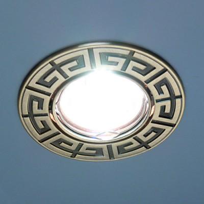 120090 SB (бронза) Электростандарт Точечный светильник для натяжных, подвесных и реечных потолковКруглые<br>Лампа: MR16 G5.3 max 50 Вт Диаметр: #216; 92 мм Высота внутренней части: ? 20 мм Высота внешней части: ? 3 мм Монтажное отверстие: #216; 75 мм Гарантия: 2 года Светильник имеет поворотный механизм<br><br>S освещ. до, м2: 3<br>Тип лампы: галогенная<br>Тип цоколя: gu5.3<br>Цвет арматуры: бронзовый<br>Количество ламп: 1<br>Диаметр, мм мм: 92<br>Диаметр врезного отверстия, мм: 75<br>Оттенок (цвет): бронзовый<br>MAX мощность ламп, Вт: 50