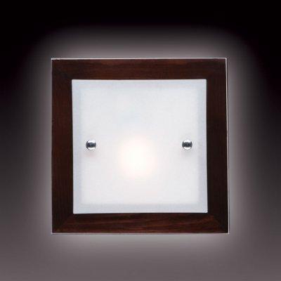Светильник Сонекс 1242V Ferola Vengue венге/хромКвадратные<br>Настенно-потолочные светильники – это универсальные осветительные варианты, которые подходят для вертикального и горизонтального монтажа. В интернет-магазине «Светодом» Вы можете приобрести подобные модели по выгодной стоимости. В нашем каталоге представлены как бюджетные варианты, так и эксклюзивные изделия от производителей, которые уже давно заслужили доверие дизайнеров и простых покупателей.  Настенно-потолочный светильник Сонекс 1242V станет прекрасным дополнением к основному освещению. Благодаря качественному исполнению и применению современных технологий при производстве эта модель будет радовать Вас своим привлекательным внешним видом долгое время. Приобрести настенно-потолочный светильник Сонекс 1242V можно, находясь в любой точке России.<br><br>S освещ. до, м2: 4<br>Тип лампы: накаливания / энергосбережения / LED-светодиодная<br>Тип цоколя: E27<br>Количество ламп: 1<br>Ширина, мм: 200<br>MAX мощность ламп, Вт: 60<br>Длина, мм: 200<br>Расстояние от стены, мм: 70<br>Цвет арматуры: серебристый