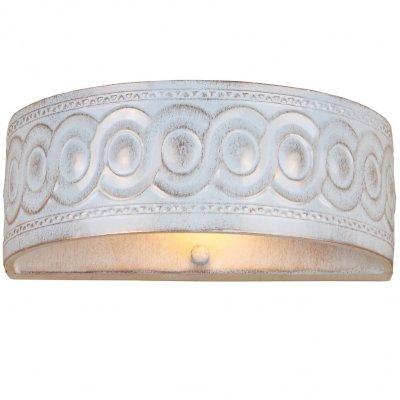 Светильник Favourite 1254-1wКлассические<br><br><br>S освещ. до, м2: 2<br>Тип лампы: накаливания / энергосбережения / LED-светодиодная<br>Тип цоколя: E14<br>Количество ламп: 1<br>Ширина, мм: 250<br>MAX мощность ламп, Вт: 40<br>Диаметр, мм мм: 155<br>Размеры: W250*H90*D155<br>Расстояние от стены, мм: 155<br>Высота, мм: 90<br>Цвет арматуры: белый с золотистой патиной
