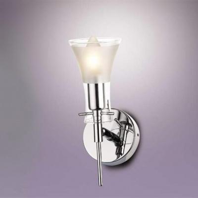 Светильник Odeon Light 1327/1W хром ZaMiaСовременные<br>Настенное бра Odeon Light 1327/1W в стиле модерн – это важный выбор в пользу лаконичности, аккуратности и грамотного подхода к наполнению пространства светом! Обратите внимание на элегантный силуэт, чистоту красок и небольшой размер изделия. Все эти характеристики являются незаменимыми, когда речь идёт о современном освещении интерьера по лучшим канонам стиля модерн. Настенное бра Odeon Light 1327/1W лаконично и не вычурно, но в то же время несёт в себе прекрасные составляющие элегантного воплощения. Сделайте прекрасный выбор в пользу современного стиля и гармонии на просторах собственного домашнего очага! Вы останетесь довольны светом, исходящим от бра Odeon Light 1327/1W!<br><br>S освещ. до, м2: 4<br>Тип лампы: накаливания / энергосбережения / LED-светодиодная<br>Тип цоколя: E14<br>Цвет арматуры: серебристый<br>Количество ламп: 1<br>Ширина, мм: 140<br>Высота, мм: 250<br>MAX мощность ламп, Вт: 60