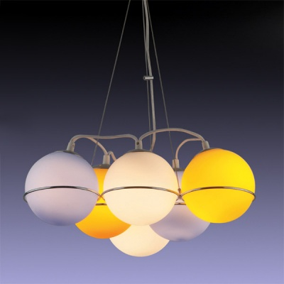 Люстра для детской Odeon Light 1345/6 хром IxoraПодвесные<br>Яркая, разноцветная, оригинальная подвесная люстра Odeon light 1345/6, выполненная в виде «шариков», станет идеальным источником основного освещения для детской комнаты площадью до 24 кв.м.! «Универсальная» форма подойдет как в «мальчиковое» пространство, так и в интерьер для девочек. Скорее всего, светильник придется по вкусу деткам в возрасте между шестью и двенадцатью годами, когда на смену «мультяшным» героям в интерьере постепенно приходит желание, чтобы вещи были красивыми, более «взрослыми», но при этом оставались красочными и оригинальными. Воспоминания о детстве и о своей «детской» комнате человек проносит через всю свою жизнь, поэтому не бойтесь выбирать для интерьера «смелые», броские и создающие «настроение» предметы, такие как люстра Odeon light.<br><br>Установка на натяжной потолок: Да<br>S освещ. до, м2: 24<br>Крепление: Планка<br>Тип товара: Люстра подвесная<br>Тип лампы: накаливания / энергосбережения / LED-светодиодная<br>Тип цоколя: E14<br>Количество ламп: 6<br>Ширина, мм: 435<br>MAX мощность ламп, Вт: 60<br>Высота, мм: 800<br>Цвет арматуры: серебристый