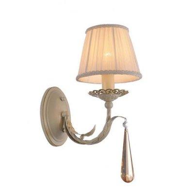 Светильник Favourite 1409-1wСовременные<br><br><br>S освещ. до, м2: 2<br>Тип лампы: накаливания / энергосбережения / LED-светодиодная<br>Тип цоколя: E14<br>Количество ламп: 1<br>Ширина, мм: 150<br>MAX мощность ламп, Вт: 40<br>Диаметр, мм мм: 270<br>Размеры: W150*D270*H270<br>Высота, мм: 270<br>Цвет арматуры: бежевый с золотистой патиной