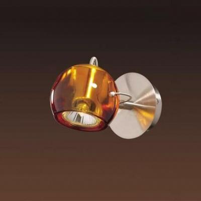 Светильник настенный Odeon light 1430/1W никель/амбраОдиночные<br>Светильники-споты – это оригинальные изделия с современным дизайном. Они позволяют не ограничивать свою фантазию при выборе освещения для интерьера. Такие модели обеспечивают достаточно качественный свет. Благодаря компактным размерам Вы можете использовать несколько спотов для одного помещения.  Интернет-магазин «Светодом» предлагает необычный светильник-спот Odeon light 1430/1W  по привлекательной цене. Эта модель станет отличным дополнением к люстре, выполненной в том же стиле. Перед оформлением заказа изучите характеристики изделия.  Купить светильник-спот Odeon light 1430/1W  в нашем онлайн-магазине Вы можете либо с помощью формы на сайте, либо по указанным выше телефонам. Обратите внимание, что мы предлагаем доставку не только по Москве и Екатеринбургу, но и всем остальным российским городам.<br><br>S освещ. до, м2: 3<br>Тип товара: Светильник поворотный спот<br>Скидка, %: 45<br>Тип лампы: галогенная / LED-светодиодная<br>Тип цоколя: GU10<br>Количество ламп: 1<br>Ширина, мм: 100<br>MAX мощность ламп, Вт: 50<br>Высота, мм: 160<br>Цвет арматуры: серый