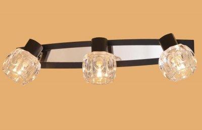 Citilux Ровер CL530531 Светильник поворотный спотТройные<br>Светильники-споты – это оригинальные изделия с современным дизайном. Они позволяют не ограничивать свою фантазию при выборе освещения для интерьера. Такие модели обеспечивают достаточно качественный свет. Благодаря компактным размерам Вы можете использовать несколько спотов для одного помещения.  Интернет-магазин «Светодом» предлагает необычный светильник-спот Citilux CL530531 по привлекательной цене. Эта модель станет отличным дополнением к люстре, выполненной в том же стиле. Перед оформлением заказа изучите характеристики изделия.  Купить светильник-спот Citilux CL530531 в нашем онлайн-магазине Вы можете либо с помощью формы на сайте, либо по указанным выше телефонам. Обратите внимание, что у нас склады не только в Москве и Екатеринбурге, но и других городах России.<br><br>S освещ. до, м2: 12<br>Тип лампы: накал-я - энергосбер-я<br>Тип цоколя: E14<br>Количество ламп: 3<br>Ширина, мм: 460<br>MAX мощность ламп, Вт: 60<br>Размеры: Основание 46х12см, Размер головки 11см, с выключателем<br>Длина, мм: 140<br>Высота, мм: 120<br>Поверхность арматуры: глянцевый<br>Оттенок (цвет): под дерево<br>Цвет арматуры: серебристый хром, венге