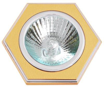 Светильник галогенный 16172 DQ MR16, шестигранник, сатин золото+хромДекоративные<br>Встраиваемые светильники – популярное осветительное оборудование, которое можно использовать в качестве основного источника или в дополнение к люстре. Они позволяют создать нужную атмосферу атмосферу и привнести в интерьер уют и комфорт.   Интернет-магазин «Светодом» предлагает стильный встраиваемый светильник Degran 16172 DQ MR16, шестигранник, сатин золото+хром. Данная модель достаточно универсальна, поэтому подойдет практически под любой интерьер. Перед покупкой не забудьте ознакомиться с техническими параметрами, чтобы узнать тип цоколя, площадь освещения и другие важные характеристики.   Приобрести встраиваемый светильник Degran 16172 DQ MR16, шестигранник, сатин золото+хром в нашем онлайн-магазине Вы можете либо с помощью «Корзины», либо по контактным номерам. Мы развозим заказы по Москве, Екатеринбургу и остальным российским городам.<br><br>S освещ. до, м2: 3<br>Тип лампы: галогенная<br>Тип цоколя: GU5.3 (MR16)<br>Количество ламп: 1<br>Ширина, мм: 85<br>MAX мощность ламп, Вт: 50<br>Диаметр врезного отверстия, мм: 75<br>Длина, мм: 85<br>Цвет арматуры: серебристый