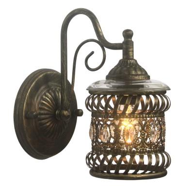 Светильник Favourite 1621-1WРустика<br><br><br>Тип лампы: Накаливания / энергосбережения / светодиодная<br>Тип цоколя: E14<br>Количество ламп: 1<br>MAX мощность ламп, Вт: 40<br>Размеры: W130*H230*D210<br>Цвет арматуры: Золотой