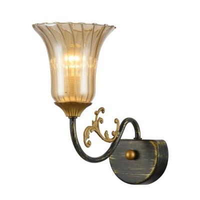 Светильник бра Favourite 1642-1WКлассические<br><br><br>Тип лампы: Накаливания / энергосбережения / светодиодная<br>Тип цоколя: E14<br>Количество ламп: 1<br>MAX мощность ламп, Вт: 40<br>Размеры: W135*H240*D260<br>Цвет арматуры: Золотой