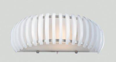 Светильник бра Favourite 1712-1wНакладные<br><br><br>S освещ. до, м2: 4<br>Тип лампы: накаливания / энергосбережения / LED-светодиодная<br>Тип цоколя: E27<br>Количество ламп: 1<br>MAX мощность ламп, Вт: 60, с выключателем<br>Диаметр, мм мм: 140<br>Размеры: L340*H120*D140<br>Длина, мм: 340<br>Высота, мм: 120<br>Цвет арматуры: белый