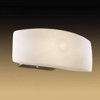 Светильник Odeon Light 1713/1W бронза BarcaСовременные<br>Если вам нравится строгость и элегантность  современной классики, то этот светильник предназначен именно для вас! Прямоугольная форма позволяет установить его на стене как вертикально, так и горизонтально, что очень удобно, особенно при изменении интерьера комнаты. Светильник удачно впишется в читальной зоне, гардеробной, также его можно использовать в качестве подсветки стеклянных полок, рабочего места. В кухне с его помощью вы  осветите поверхность  рабочего стола и мойку. Благодаря простой поверхности и материалу, из которого сделан плафон, светильник очень легко отмыть с помощью обычной воды и губки.<br><br>S освещ. до, м2: 2<br>Тип лампы: галогенная / LED-светодиодная<br>Тип цоколя: G9<br>Цвет арматуры: бронзовый<br>Ширина, мм: 195<br>Высота, мм: 115<br>MAX мощность ламп, Вт: 40