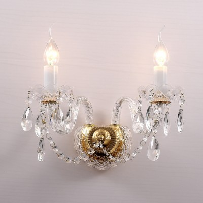 Настенный светильник Favourite 1736-2W SimoneХрустальные<br>Выбирая модель светильника Favourite 1736-2W, обратите внимание, что арматура золотого цвета, хрусталь высшего качества и стеклянные рожки и блюдца прозрачного цвета. Дополнительная информация в характеристиках или по телефону.<br><br>Тип цоколя: E14<br>Количество ламп: 2<br>Ширина, мм: 230<br>Размеры: D450*H300*W230<br>Длина, мм: 450<br>Высота, мм: 300<br>Общая мощность, Вт: 40W