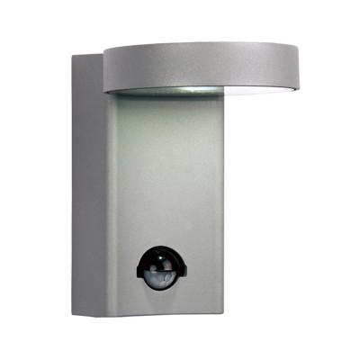 Уличный светильник Favourite 1827-1W FlickerНастенные<br>Выбирая модель светильника Favourite 1827-1W, обратите внимание, что металл алюминиевого цвета (матовое серебро), стеклянный рассеиватель, датчик движения. Дополнительная информация в характеристиках или по телефону.<br><br>Тип цоколя: LED<br>Количество ламп: 1<br>Ширина, мм: 108<br>Размеры: 151*108*138<br>Длина, мм: 151<br>Высота, мм: 138<br>Общая мощность, Вт: 10W