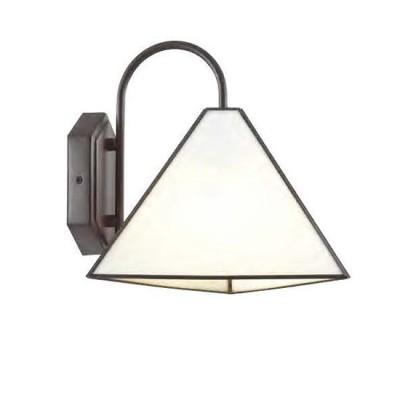 Favourite Pyramid 1918-1W Светильник настенный браЛофт<br><br><br>Тип цоколя: E14<br>Количество ламп: 1<br>Размеры: W255*D295*H260<br>MAX мощность ламп, Вт: 40