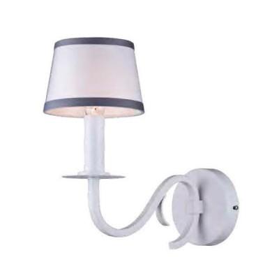 Настенный светильник бра Favourite 1936-1W ForteКлассические<br><br><br>Крепление: крюк<br>Тип цоколя: E14<br>Количество ламп: 1<br>MAX мощность ламп, Вт: 40<br>Размеры: W140*H315*D277