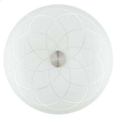 Eglo CRATER 91169 Настенно-потолочный светильникПотолочные<br>Австрийское качество модели светильника Eglo 91169 не оставит равнодушным каждого купившего! Матовое закаленное стекло(пр-во Чехия) прозрачный рисунок, основание сталь с защитным покрытием. Класс изоляции 2 (двойная изоляция), IP 20, освещенность 806 lm ,D=470,3X60W,E27.<br><br>Установка на натяжной потолок: Ограничено<br>S освещ. до, м2: 12<br>Крепление: Планка<br>Тип цоколя: E27<br>Количество ламп: 3<br>MAX мощность ламп, Вт: 60<br>Диаметр, мм мм: 470<br>Размеры основания, мм: 0<br>Расстояние от стены, мм: 75<br>Оттенок (цвет): белое покрытие<br>Цвет арматуры: белый<br>Общая мощность, Вт: 3X60W