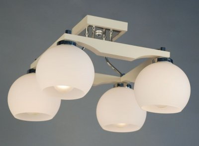 Citilux Ариста CL164342 Люстра потолочнаяПотолочные<br><br><br>Установка на натяжной потолок: Да<br>S освещ. до, м2: 20<br>Крепление: Планка<br>Тип товара: Люстра потолочная<br>Тип лампы: накаливания / энергосбережения / LED-светодиодная<br>Тип цоколя: E27<br>Количество ламп: 4<br>Ширина, мм: 420<br>MAX мощность ламп, Вт: 75<br>Размеры: Высота 25см, Габариты 42х42см, Массив дерева, Выдувное молочнобелое стеклоЗапасное стекло<br>Длина, мм: 420<br>Высота, мм: 250<br>Поверхность арматуры: глянцевый, матовый<br>Оттенок (цвет): белый<br>Цвет арматуры: серебристый