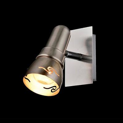 Светильник Евросвет 20022/1 сатин-никельОдиночные<br>Светильники-споты – это оригинальные изделия с современным дизайном. Они позволяют не ограничивать свою фантазию при выборе освещения для интерьера. Такие модели обеспечивают достаточно качественный свет. Благодаря компактным размерам Вы можете использовать несколько спотов для одного помещения.  Интернет-магазин «Светодом» предлагает необычный светильник-спот Евросвет 20022/1 по привлекательной цене. Эта модель станет отличным дополнением к люстре, выполненной в том же стиле. Перед оформлением заказа изучите характеристики изделия.  Купить светильник-спот Евросвет 20022/1 в нашем онлайн-магазине Вы можете либо с помощью формы на сайте, либо по указанным выше телефонам. Обратите внимание, что у нас склады не только в Москве и Екатеринбурге, но и других городах России.<br><br>S освещ. до, м2: 2<br>Тип лампы: Накаливания / энергосбережения / светодиодная<br>Тип цоколя: E14<br>Цвет арматуры: серебристый<br>Количество ламп: 1<br>Ширина, мм: 130<br>Длина, мм: 100<br>Высота, мм: 150<br>MAX мощность ламп, Вт: 40