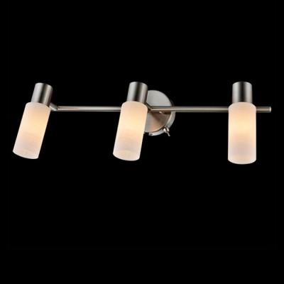 Светильник Евросвет 20043/3 сатин-никельТройные<br>Светильники-споты – это оригинальные изделия с современным дизайном. Они позволяют не ограничивать свою фантазию при выборе освещения для интерьера. Такие модели обеспечивают достаточно качественный свет. Благодаря компактным размерам Вы можете использовать несколько спотов для одного помещения.  Интернет-магазин «Светодом» предлагает необычный светильник-спот Евросвет 20043/3 по привлекательной цене. Эта модель станет отличным дополнением к люстре, выполненной в том же стиле. Перед оформлением заказа изучите характеристики изделия.  Купить светильник-спот Евросвет 20043/3 в нашем онлайн-магазине Вы можете либо с помощью формы на сайте, либо по указанным выше телефонам. Обратите внимание, что у нас склады не только в Москве и Екатеринбурге, но и других городах России.<br><br>Тип лампы: Накаливания / энергосбережения / светодиодная<br>Тип цоколя: E14<br>Количество ламп: 3<br>Ширина, мм: 170<br>MAX мощность ламп, Вт: 40<br>Длина, мм: 450<br>Высота, мм: 170
