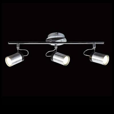 Евросвет 20044/3 хром/черныйТройные<br>Светильники-споты – это оригинальные изделия с современным дизайном. Они позволяют не ограничивать свою фантазию при выборе освещения для интерьера. Такие модели обеспечивают достаточно качественный свет. Благодаря компактным размерам Вы можете использовать несколько спотов для одного помещения.  Интернет-магазин «Светодом» предлагает необычный светильник-спот Евросвет 20044/3 по привлекательной цене. Эта модель станет отличным дополнением к люстре, выполненной в том же стиле. Перед оформлением заказа изучите характеристики изделия.  Купить светильник-спот Евросвет 20044/3 в нашем онлайн-магазине Вы можете либо с помощью формы на сайте, либо по указанным выше телефонам. Обратите внимание, что мы предлагаем доставку не только по Москве и Екатеринбургу, но и всем остальным российским городам.<br><br>Тип лампы: галогенная/LED<br>Тип цоколя: G5.3<br>Количество ламп: 3<br>Ширина, мм: 410<br>MAX мощность ламп, Вт: 50<br>Длина, мм: 70<br>Высота, мм: 130