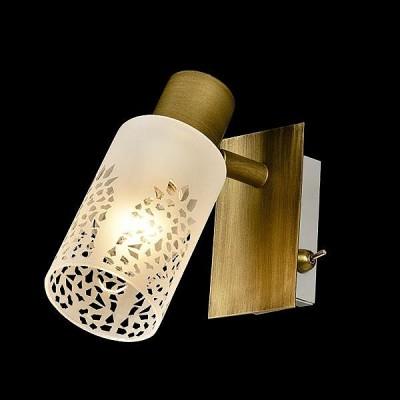 Светильник Евросвет 20047/1 патинированная бронзаОдиночные<br>Светильники-споты – это оригинальные изделия с современным дизайном. Они позволяют не ограничивать свою фантазию при выборе освещения для интерьера. Такие модели обеспечивают достаточно качественный свет. Благодаря компактным размерам Вы можете использовать несколько спотов для одного помещения.  Интернет-магазин «Светодом» предлагает необычный светильник-спот Евросвет 20047/1 по привлекательной цене. Эта модель станет отличным дополнением к люстре, выполненной в том же стиле. Перед оформлением заказа изучите характеристики изделия.  Купить светильник-спот Евросвет 20047/1 в нашем онлайн-магазине Вы можете либо с помощью формы на сайте, либо по указанным выше телефонам. Обратите внимание, что у нас склады не только в Москве и Екатеринбурге, но и других городах России.<br><br>S освещ. до, м2: 2<br>Тип цоколя: E14<br>Количество ламп: 1<br>Ширина, мм: 170<br>Длина, мм: 90<br>Высота, мм: 170<br>MAX мощность ламп, Вт: 40