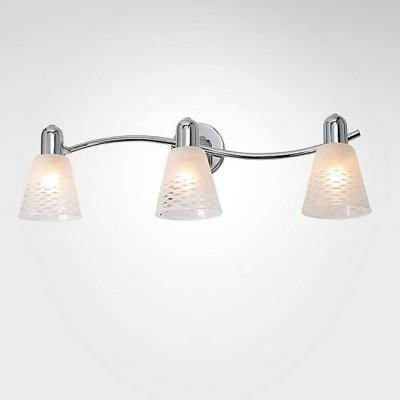 Евросвет 20053/3 хромТройные<br><br><br>Тип лампы: Накаливания / энергосбережения / светодиодная<br>Тип цоколя: E14<br>Количество ламп: 3<br>Ширина, мм: 210<br>MAX мощность ламп, Вт: 40<br>Длина, мм: 530<br>Высота, мм: 170