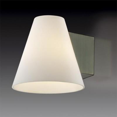 Светильник Odeon Light 2016/1W Turin бронзаМодерн<br><br><br>S освещ. до, м2: 2<br>Тип лампы: галогенная / LED-светодиодная<br>Тип цоколя: G9<br>Количество ламп: 1<br>Ширина, мм: 120<br>MAX мощность ламп, Вт: 40<br>Высота, мм: 120<br>Цвет арматуры: бронзовый