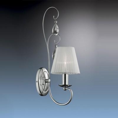 Светильник Odeon Light 2040/1W Essa хромКлассические<br>Светильник ODEON LIGHT 2040/1W ESSA выполнен в нежной светлой гамме, и подходит для  интерьера любой комнаты! Белый плафон из органзы создает мягкое и комфортное для зрения освещение. Прозрачные подвески в форме капель дождя, отражают свет, заставляя светильник сверкать. Вся конструкция настолько «легкая», что кажется воздушной и почти невесомой!<br><br>S освещ. до, м2: 2<br>Тип лампы: накаливания / энергосбережения / LED-светодиодная<br>Тип цоколя: E14<br>Количество ламп: 1<br>Ширина, мм: 150<br>MAX мощность ламп, Вт: 40<br>Расстояние от стены, мм: 250<br>Высота, мм: 500<br>Цвет арматуры: серебристый