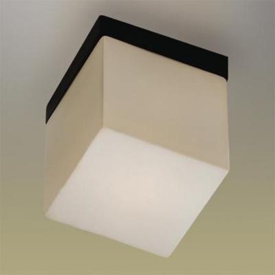 Светильник Odeon Light 2043/1C Cubet венгеКвадратные<br>Настенно потолочный светильник Odeon light (Оодеон лайт) 2043/1C Cubet венге подходит как для установки в вертикальном положении - на стены, так и для установки в горизонтальном - на потолок. Для установки настенно потолочных светильников на натяжной потолок необходимо использовать светодиодные лампы LED, которые экономнее ламп Ильича (накаливания) в 10 раз, выделяют мало тепла и не дадут расплавиться Вашему потолку.<br><br>S освещ. до, м2: 2<br>Тип лампы: накаливания / энергосбережения / LED-светодиодная<br>Тип цоколя: E14<br>Количество ламп: 1<br>Ширина, мм: 120<br>MAX мощность ламп, Вт: 40<br>Расстояние от стены, мм: 120<br>Высота, мм: 150<br>Цвет арматуры: черный