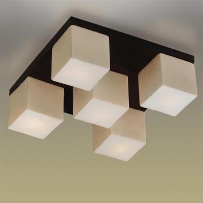 Люстра Odeon Light 2043/5C Cubet венгеПотолочные<br>Настенно потолочный светильник Odeon light (Оодеон лайт) 2043/5C Cubet венге подходит как для установки в вертикальном положении - на стены, так и для установки в горизонтальном - на потолок. Для установки настенно потолочных светильников на натяжной потолок необходимо<br><br>Установка на натяжной потолок: Ограничено<br>S освещ. до, м2: 13<br>Крепление: Планка<br>Тип лампы: накаливания / энергосбережения / LED-светодиодная<br>Тип цоколя: E14<br>Количество ламп: 5<br>Ширина, мм: 400<br>MAX мощность ламп, Вт: 40<br>Расстояние от стены, мм: 400<br>Высота, мм: 150<br>Цвет арматуры: черный