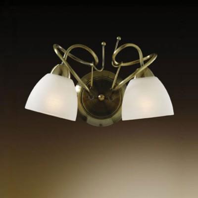 Светильник Odeon Light 2120/2W Kaena бронзаКлассические<br>Светильник с двумя плафонами, направленными в разные стороны, идеально подойдет к интерьеру, если вы планируете осветить две соседние зоны, но не хотите загромождать пространство несколькими осветительными приборами. Несмотря на то, что его размеры относительно небольшие, в нем совмещаются одновременно несколько стилей – от классики(сочетание бронзового и белого цветов) и романтизма(«завитки» и форма плафона в виде цветка) до хай-тека(соединение металла и стекла).<br><br>S освещ. до, м2: 8<br>Тип лампы: накаливания / энергосбережения / LED-светодиодная<br>Тип цоколя: E14<br>Количество ламп: 2<br>Ширина, мм: 315<br>MAX мощность ламп, Вт: 60<br>Высота, мм: 200<br>Цвет арматуры: бронзовый