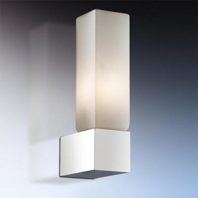Светильник Odeon Light 2136/1W Wass хром IP44Модерн<br>Используются силиконовые уплотнители для защиты от воды<br><br>S освещ. до, м2: 2<br>Тип товара: Светильник настенный бра<br>Тип лампы: галогенная / LED-светодиодная<br>Тип цоколя: G9<br>Количество ламп: 1<br>Ширина, мм: 40<br>MAX мощность ламп, Вт: 40<br>Расстояние от стены, мм: 70<br>Высота, мм: 160<br>Оттенок (цвет): белый<br>Цвет арматуры: серебристый