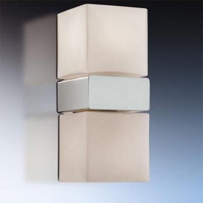 Светильник Odeon Light 2136/2A Wass хром IP44Для ванной<br>Используются силиконовые уплотнители для защиты от воды.<br>Допускается установка светильника в горизонтальном и вертикальном положении.<br><br>S освещ. до, м2: 5<br>Тип лампы: галогенная / LED-светодиодная<br>Тип цоколя: G9<br>Количество ламп: 2<br>Ширина, мм: 80<br>MAX мощность ламп, Вт: 40<br>Расстояние от стены, мм: 80<br>Высота, мм: 200<br>Оттенок (цвет): белый<br>Цвет арматуры: серебристый