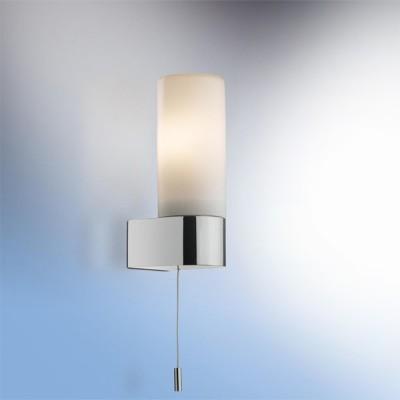 Светильник Odeon Light 2137/1W Want хром IP44 с выклДля ванной<br>Используются силиконовые уплотнители для защиты от воды<br><br>S освещ. до, м2: 2<br>Тип лампы: накаливания / энергосбережения / LED-светодиодная<br>Тип цоколя: E14<br>Количество ламп: 1<br>Ширина, мм: 55<br>MAX мощность ламп, Вт: 40<br>Расстояние от стены, мм: 75<br>Высота, мм: 160<br>Оттенок (цвет): белый<br>Цвет арматуры: серебристый
