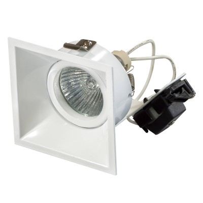 Lightstar DOMINO 214506 СветильникКвадратные<br>Встраиваемые светильники – популярное осветительное оборудование, которое можно использовать в качестве основного источника или в дополнение к люстре. Они позволяют создать нужную атмосферу атмосферу и привнести в интерьер уют и комфорт.   Интернет-магазин «Светодом» предлагает стильный встраиваемый светильник Lightstar 214506. Данная модель достаточно универсальна, поэтому подойдет практически под любой интерьер. Перед покупкой не забудьте ознакомиться с техническими параметрами, чтобы узнать тип цоколя, площадь освещения и другие важные характеристики.   Приобрести встраиваемый светильник Lightstar 214506 в нашем онлайн-магазине Вы можете либо с помощью «Корзины», либо по контактным номерам. Мы развозим заказы по Москве, Екатеринбургу и остальным российским городам.<br><br>Тип лампы: галогенная/LED<br>Тип цоколя: MR16<br>Ширина, мм: 83<br>Диаметр врезного отверстия, мм: 75<br>Длина, мм: 83<br>Высота, мм: 85