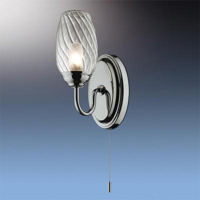 Светильник Odeon Light 2147/1W Batto хром IP44 с выклДля ванной<br>Используются силиконовые уплотнители для защиты от воды<br><br>S освещ. до, м2: 2<br>Тип лампы: галогенная / LED-светодиодная<br>Тип цоколя: G9<br>Количество ламп: 1<br>Ширина, мм: 90<br>MAX мощность ламп, Вт: 40<br>Расстояние от стены, мм: 130<br>Высота, мм: 150<br>Цвет арматуры: серебристый