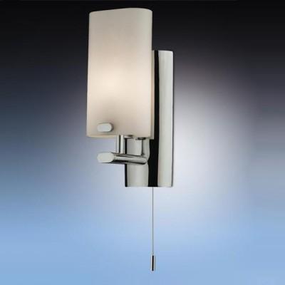 Светильник Odeon Light 2148/1W Batto хром IP44 с выклМодерн<br>Используются силиконовые уплотнители для защиты от воды<br><br>S освещ. до, м2: 2<br>Тип товара: Светильник настенный бра<br>Тип лампы: галогенная / LED-светодиодная<br>Тип цоколя: G9<br>Количество ламп: 1<br>Ширина, мм: 80<br>MAX мощность ламп, Вт: 40<br>Расстояние от стены, мм: 90<br>Высота, мм: 200<br>Оттенок (цвет): белый<br>Цвет арматуры: серебристый