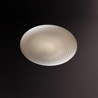 Светильник Odeon Light 2178/1C Clod белый IP44Круглые<br>Настенно потолочный светильник Odeon light (Оодеон лайт) 2178/1C CLOD белый IP44 подходит как для установки в вертикальном положении - на стены, так и для установки в горизонтальном - на потолок. Для установки настенно потолочных светильников на натяжной потолок необходимо использовать светодиодные лампы LED, которые экономнее ламп Ильича (накаливания) в 10 раз, выделяют мало тепла и не дадут расплавиться Вашему потолку.<br><br>S освещ. до, м2: 4<br>Тип лампы: накаливания / энергосбережения / LED-светодиодная<br>Тип цоколя: E27<br>Цвет арматуры: серебристый<br>Количество ламп: 1<br>Диаметр, мм мм: 230<br>Расстояние от стены, мм: 105<br>Оттенок (цвет): белый<br>MAX мощность ламп, Вт: 60