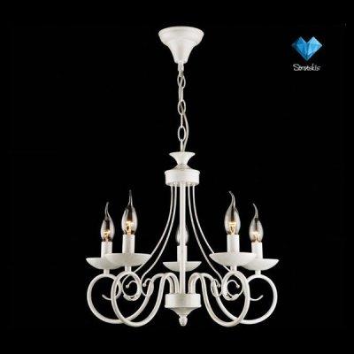 Люстра Евросвет 22404/5 белый/золотоПодвесные<br>Классическая люстра с лампами свечками по доступной цене<br><br>Установка на натяжной потолок: Да<br>S освещ. до, м2: 13<br>Крепление: Крюк<br>Тип лампы: накаливания / энергосбережения / LED-светодиодная<br>Тип цоколя: E14<br>Количество ламп: 5<br>MAX мощность ламп, Вт: 40<br>Диаметр, мм мм: 480<br>Высота, мм: 770<br>Цвет арматуры: белый с золотистой патиной