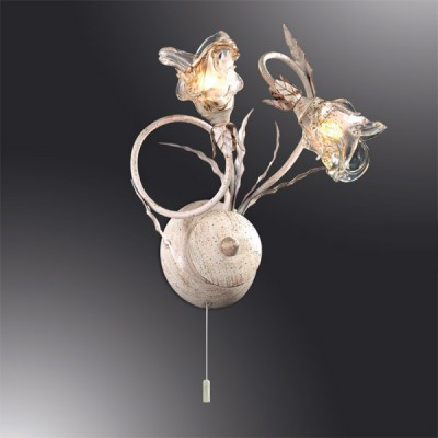 Светильник Odeon Light 2241/2W бежевый KadoФлористика<br><br><br>S освещ. до, м2: 5<br>Тип лампы: галогенная / LED-светодиодная<br>Тип цоколя: G9<br>Цвет арматуры: бежевый<br>Количество ламп: 2<br>Ширина, мм: 360<br>Высота, мм: 270<br>MAX мощность ламп, Вт: 40